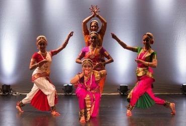 Фото индийские танцы