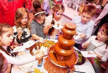 Фото шоколадный фонтан