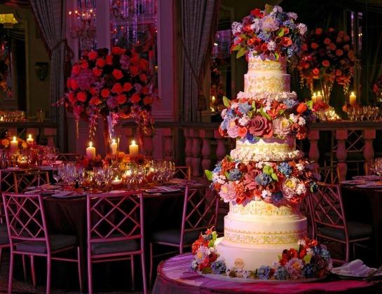 Торты CANDY BAR – Самые вкусные торты 2000 руб./кг.