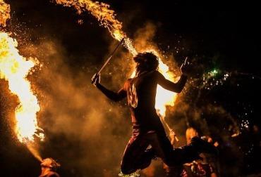 Фото огненное шоу